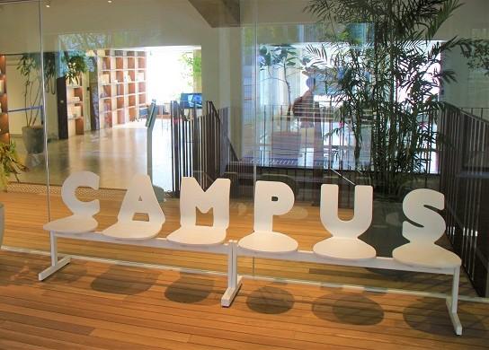 コクヨ社のラボ施設「THE CAMPUS」で次世代のオフィスワークを実現する共同研究中!